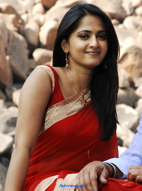 Anushka hd wallpaper