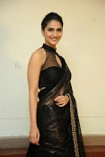 Vani Kapoor hot photos Vaani Kapoor stills-thumbnail-20