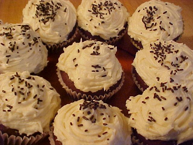 cuisine chic et simple  cupcakes au chocolat et gla u00e7age au