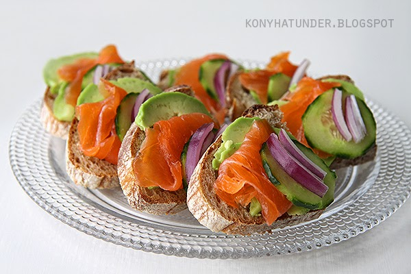 smoked_salmon_sandwiches