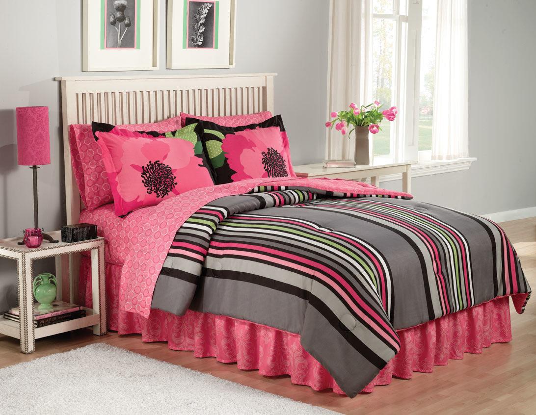 Hot pink flower bedding - Home Decorating News