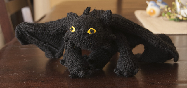 Knitting Pattern Toothless Dragon : Drip Drip Drop: Friday Favorites 2/25: Just Call Me a Knerdy Knitter!