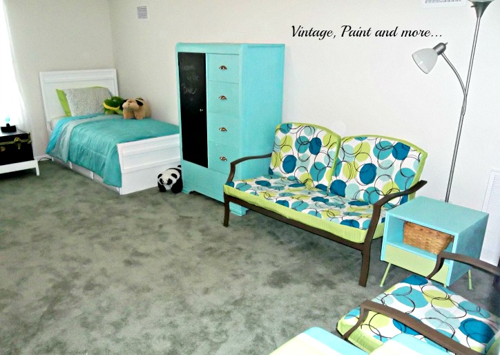 Vintage, Paint and more... thrifted furniture, painted furniture, vintage, teen room, guest room
