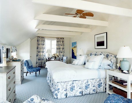 Belclaire House: A Refreshing, Traditional Southampton Home