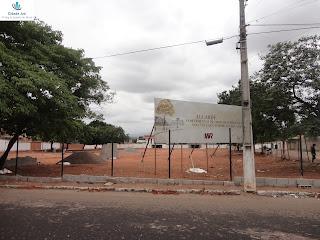 Canteiro de obras de novo edifício na Lagoa Seca.