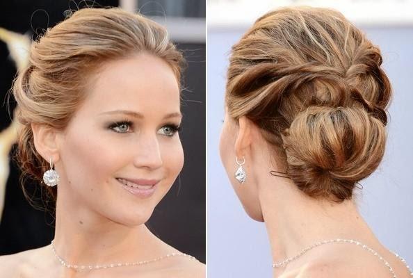 Jennifer Lawrence's Low Bun with Side Twists