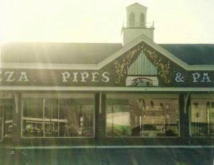Pizza, Pipes and Pandemonium exterior