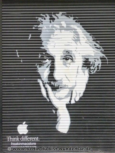 berlin, streetart, graffiti, kunst, stadt, artist, strassenkunst, murale, werk, kunstler, art, Albert Einstein