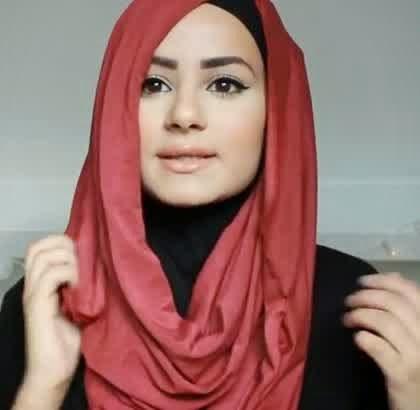 Tutorial Hijab Simpel Dan Unik Ala Hijabers Belanda, Ruba Zai