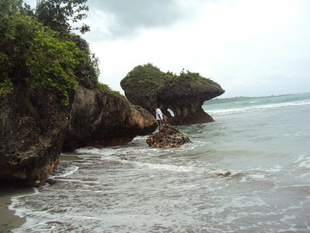 Agno Pangasinan - Umbrella Rock