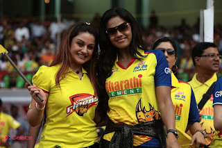 Indian Actresses Pictures at CCL 3 Chennai Rhinos Vs Bhojpuri Dabangs Match   0030