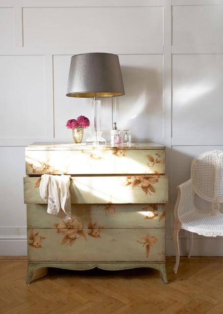 французский стиль, будуар, французский комод, легкий интерьер