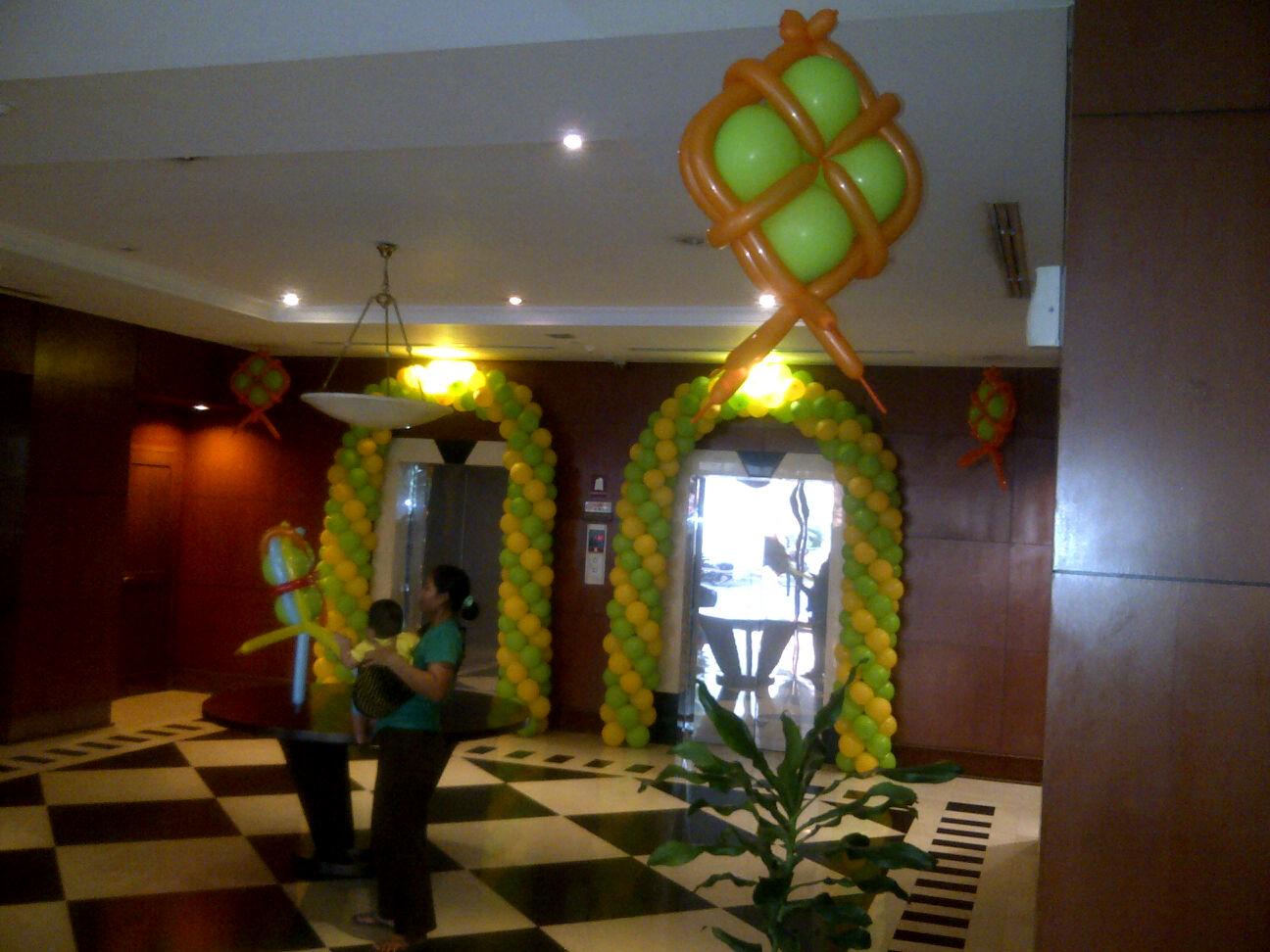 Dekorasi balon lebaran di apartement setia budi jasa for Dekorasi lebaran hotel