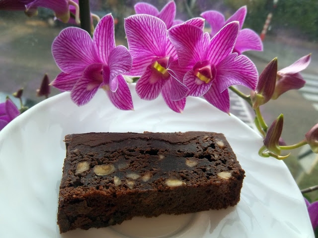 jessy 39 s kitchen brownies chocolat caf et cr me de marron. Black Bedroom Furniture Sets. Home Design Ideas