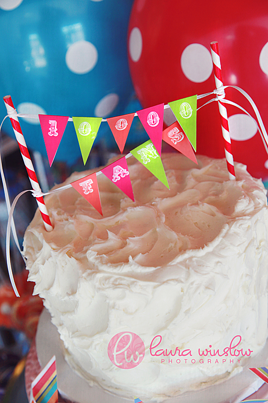 DIY Party Projects Mini Cake Bunting Tutorial Free Printable