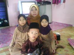 Kak yong dan keluarga