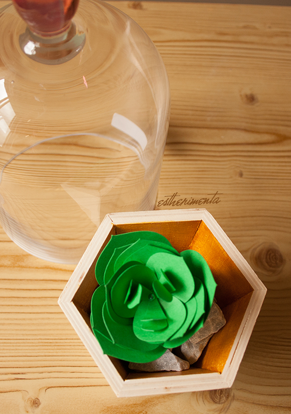 planta de papel por estherimenta