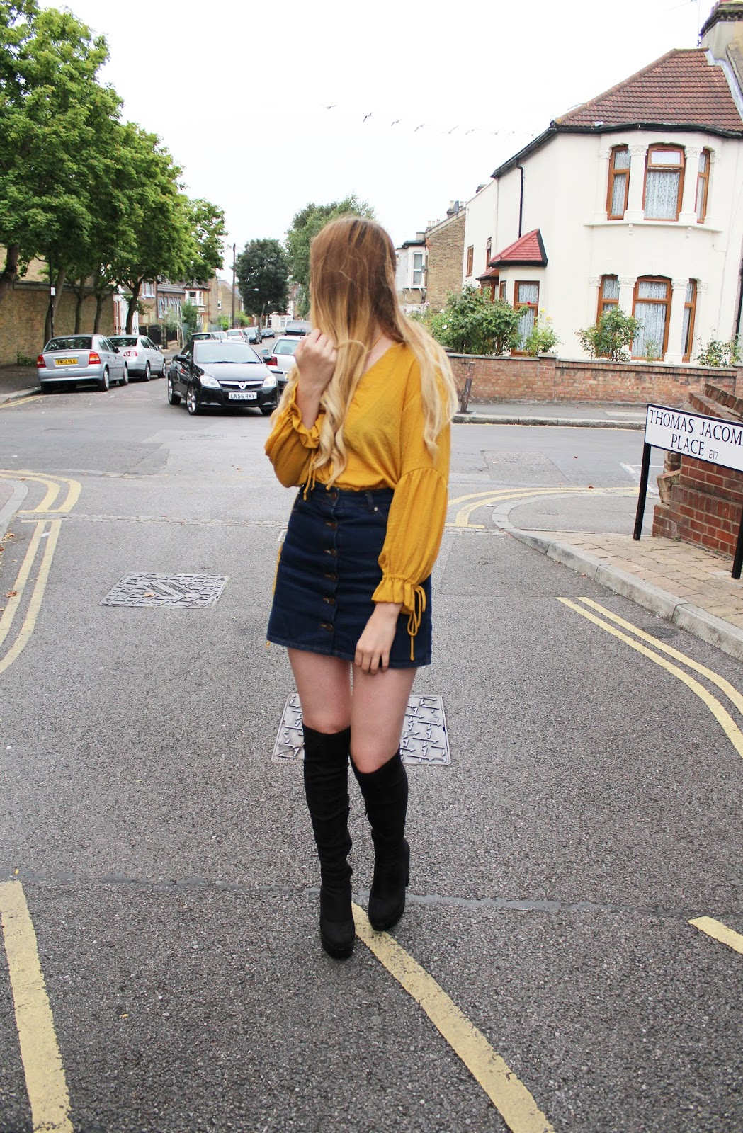 Step Into The 70s - Miss Selfridge Denim Skirt - Pale Aesthetic