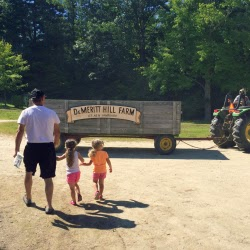 DeMeritt Hill Farm NH _ New England Fall Events_Hayride