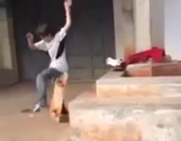 Menino Cai De Skate E Chora Dor Cu Veja V Deo