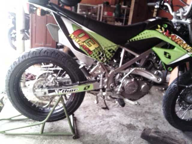 Velg Variasi KLX Dan D TRACKER Model Supermoto