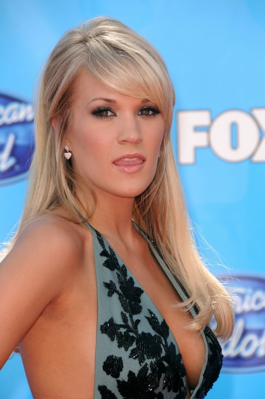 Image result for carrie underwood  hot