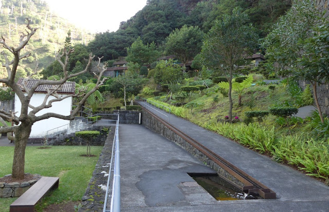 Park nahe der Grotten, São Vicente