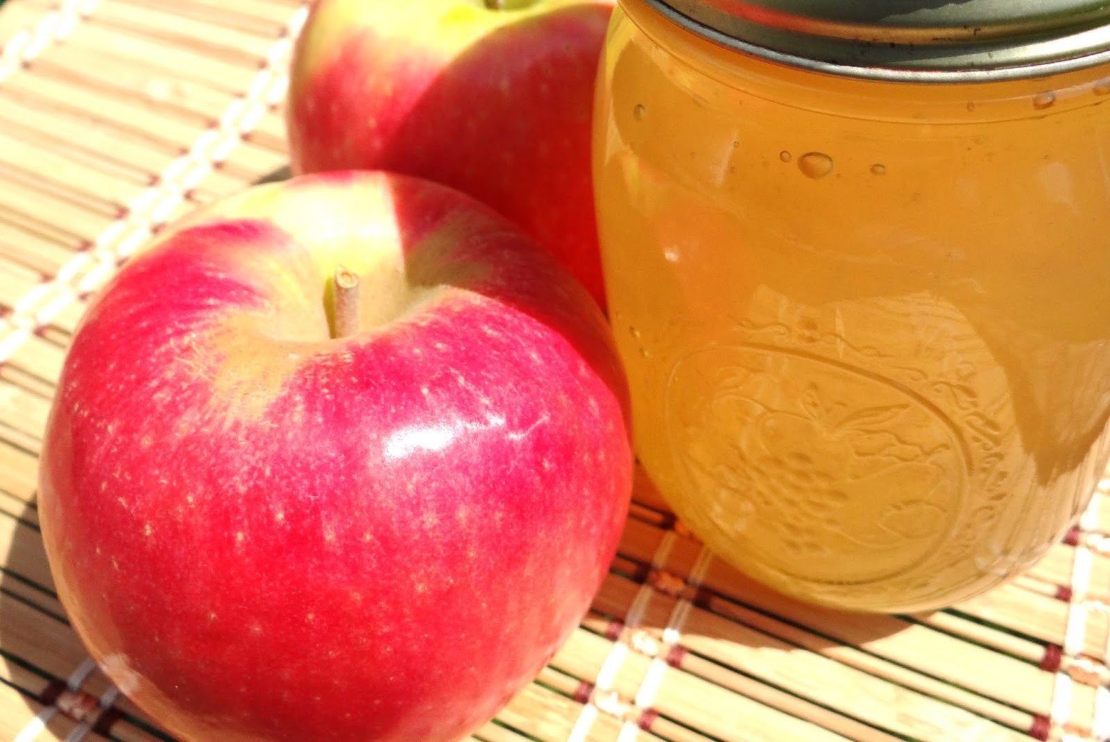 Apple Jelly Canning Low Sugar #Recipe and Storage Tips ...
