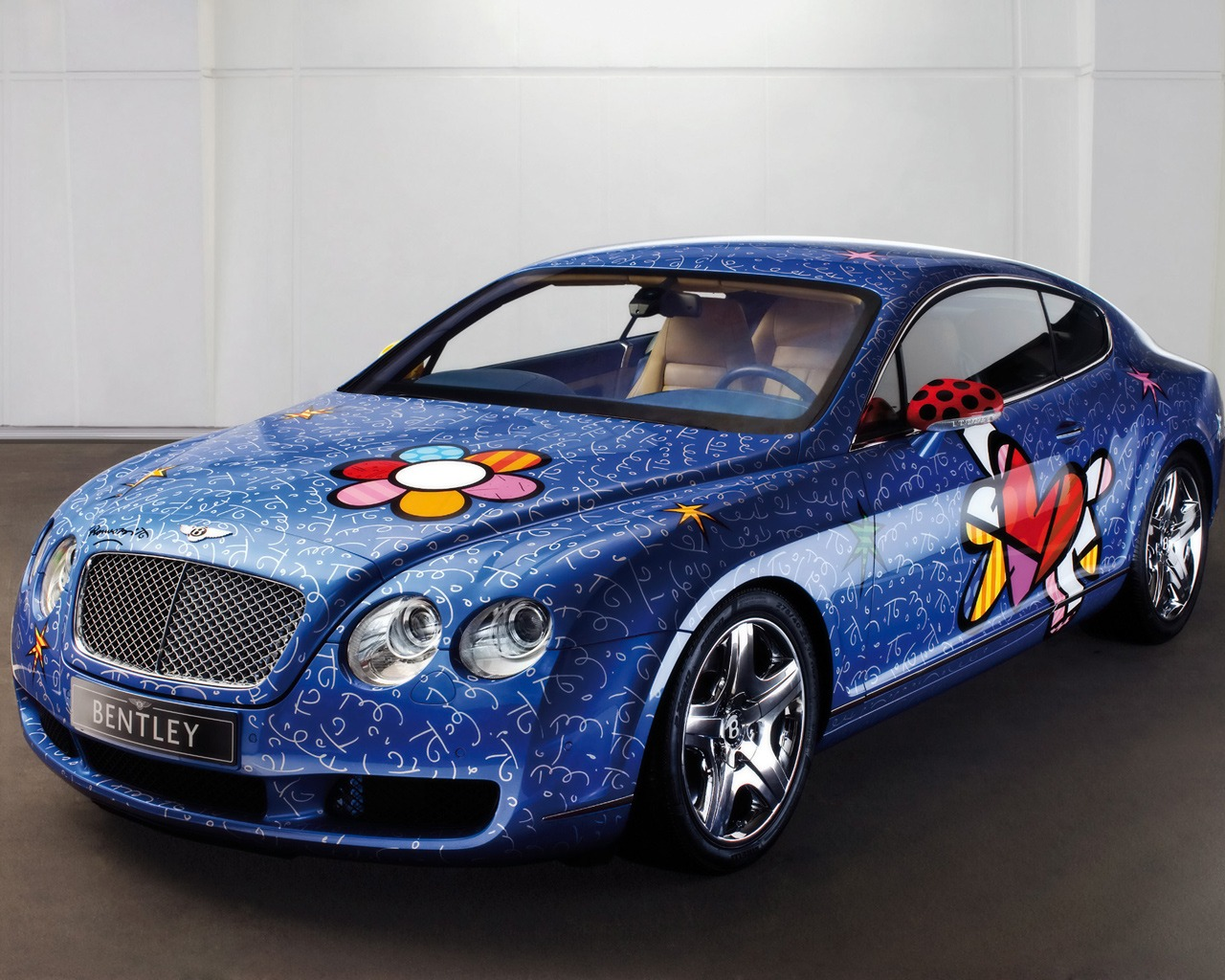 http://3.bp.blogspot.com/-fgi2ELsnFqU/Tq3hNZKOaiI/AAAAAAAACq8/4qS0E7bq_WA/s1600/bentley_for_girls_wallpaper_bentley_cars_wallpaper_1280_1024_2198.jpg