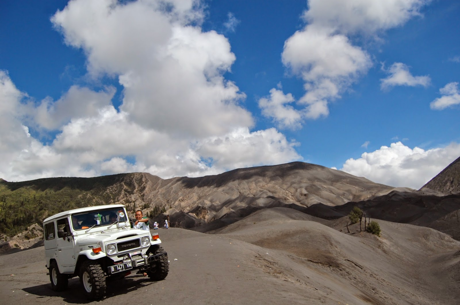 Sewa Jeep Hardtop Murah Di Bromo