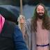 Ratinho satiriza abertura do Mar Vermelho em seu programa