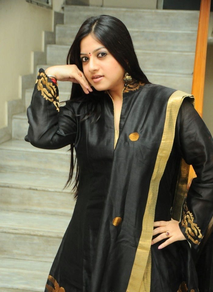 Indian Actress Photo Gallery : Keerthi Chawla in Black Churidar Photos