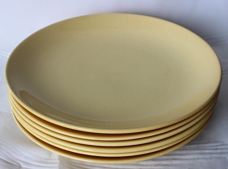 Johnson of Australia dinner plates & Johnson of Australia dinner plates | retro collectables