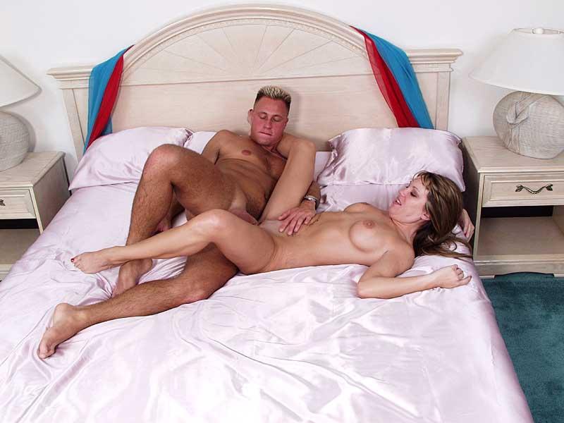 seksualnaya-pozitsiya-nozhnitsi