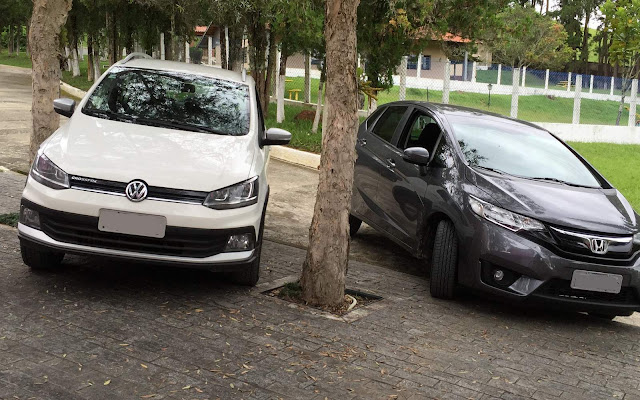 VW CrossFox 2016 I-Motion x Honda FIT CVT