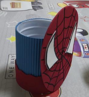 Porta lapices Spiderman realizado en goma eva
