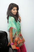 Sravya Latest photos Gallery-thumbnail-1