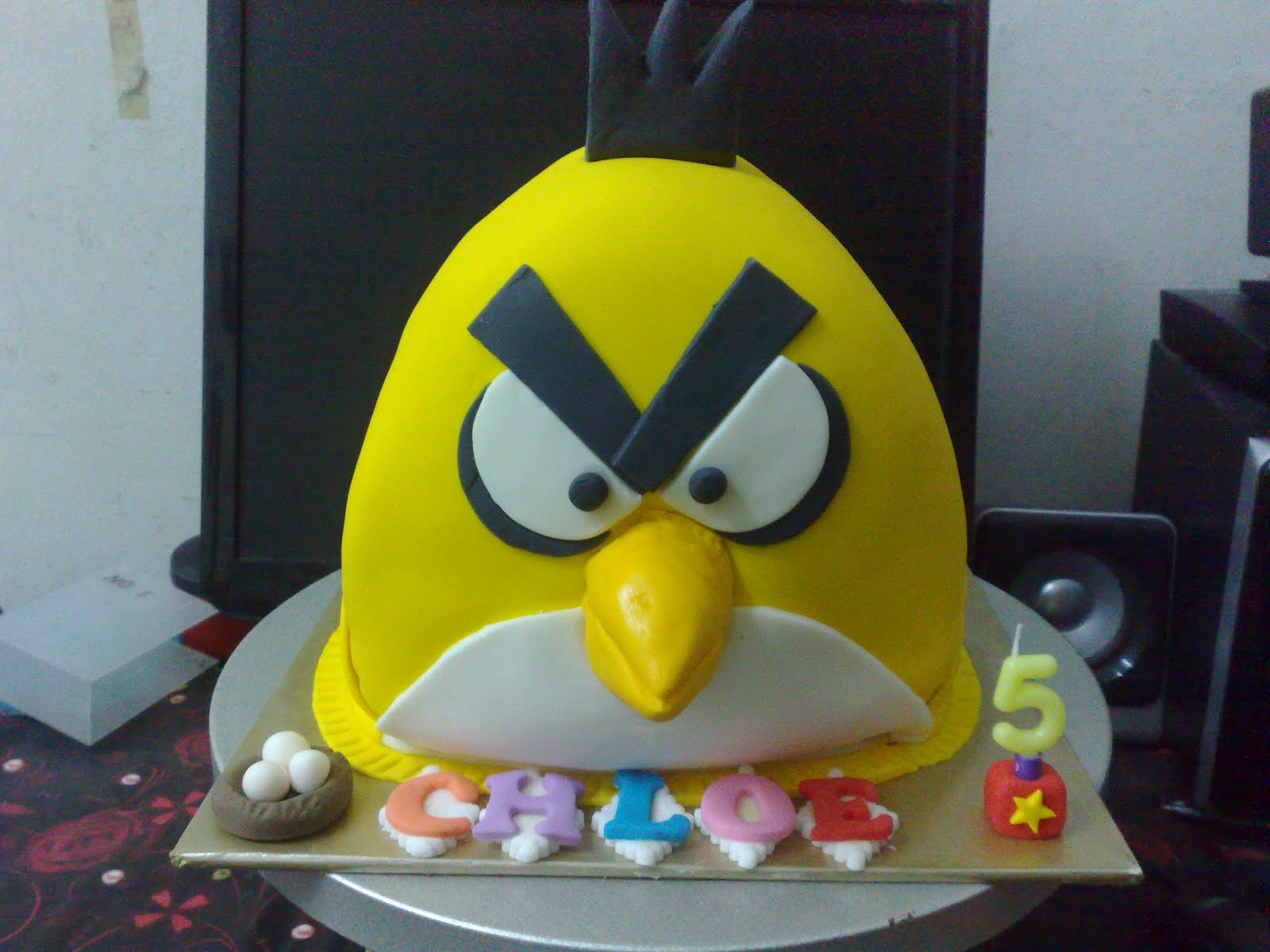 3D YELLOW ANGRY BIRD CAKE WITH FONDANT ICING Cust Ms Esther Lee This Was A Second Order From For Her Adorable Daughter Chloe