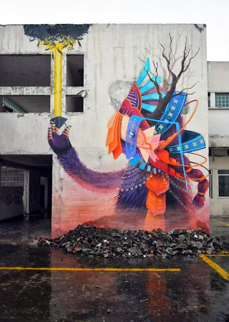 Street Art Mural By Mexican painter Curiot For The proyecto Frágil On The Streets Of Mexico. 10