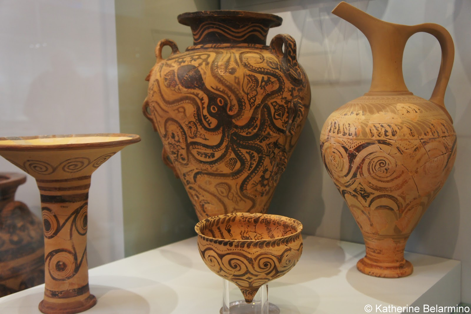 Fun things to do in crete travel the world minoan octopus pottery heraklion archaeological museum things to do in crete reviewsmspy