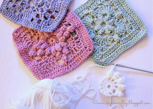 My Rose Valley: Lacy crochet squares
