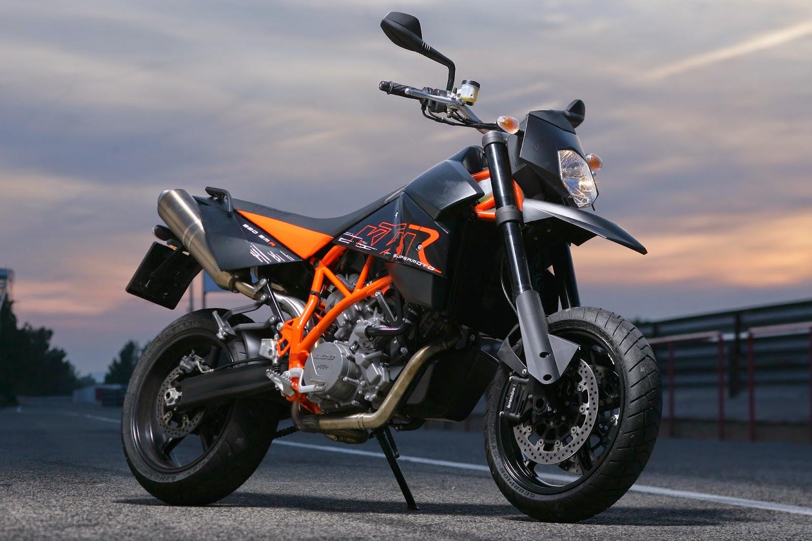 KTM 990 Supermoto R Bikes Desktop Wallpapers