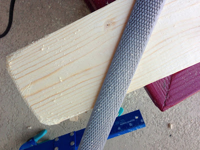 DIY rounding wood board corners with rasp