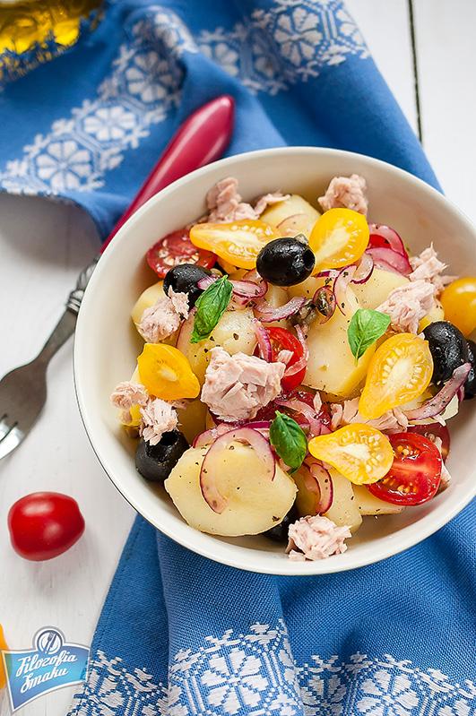 Sałatka z ziemniaków i pomidorów