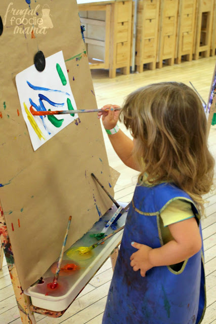 The Studio at the Children's Museum of Pittsburgh offers lots of hands-on art activities for the kiddos. #kidsburgh #lovepgh