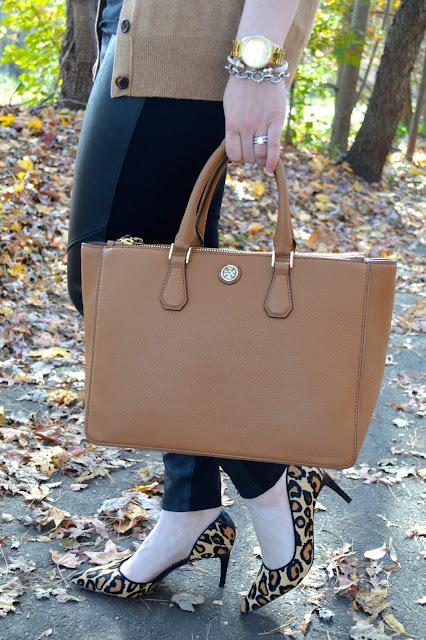 tory-burch-robinson-bag