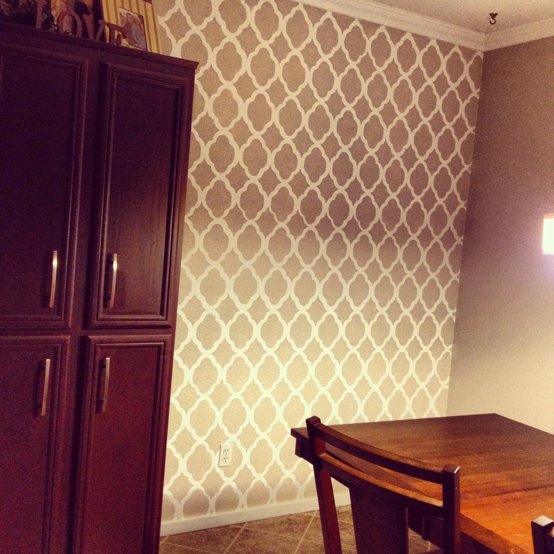 Hydrangea Love: Dinning Room Wall Stencil
