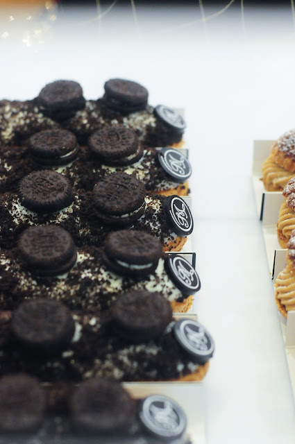 Cookies & Cream eclaire