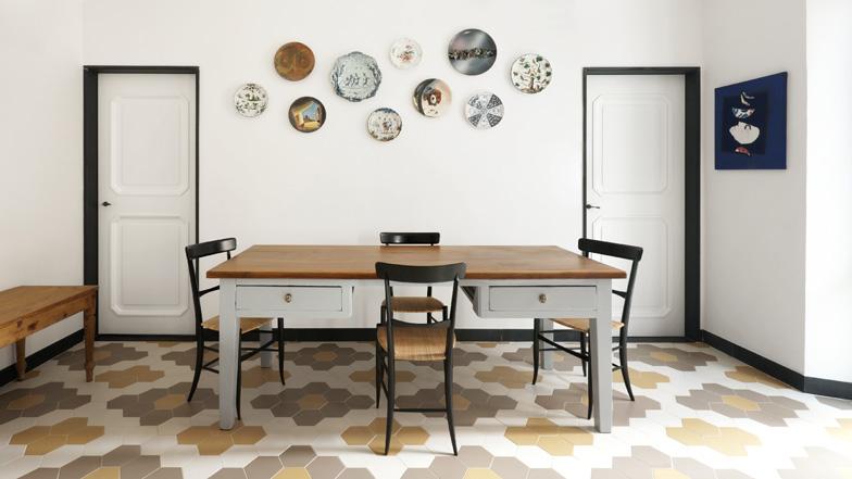 Un piso con diferentes suelos decoraci n - Azulejos hexagonales ...