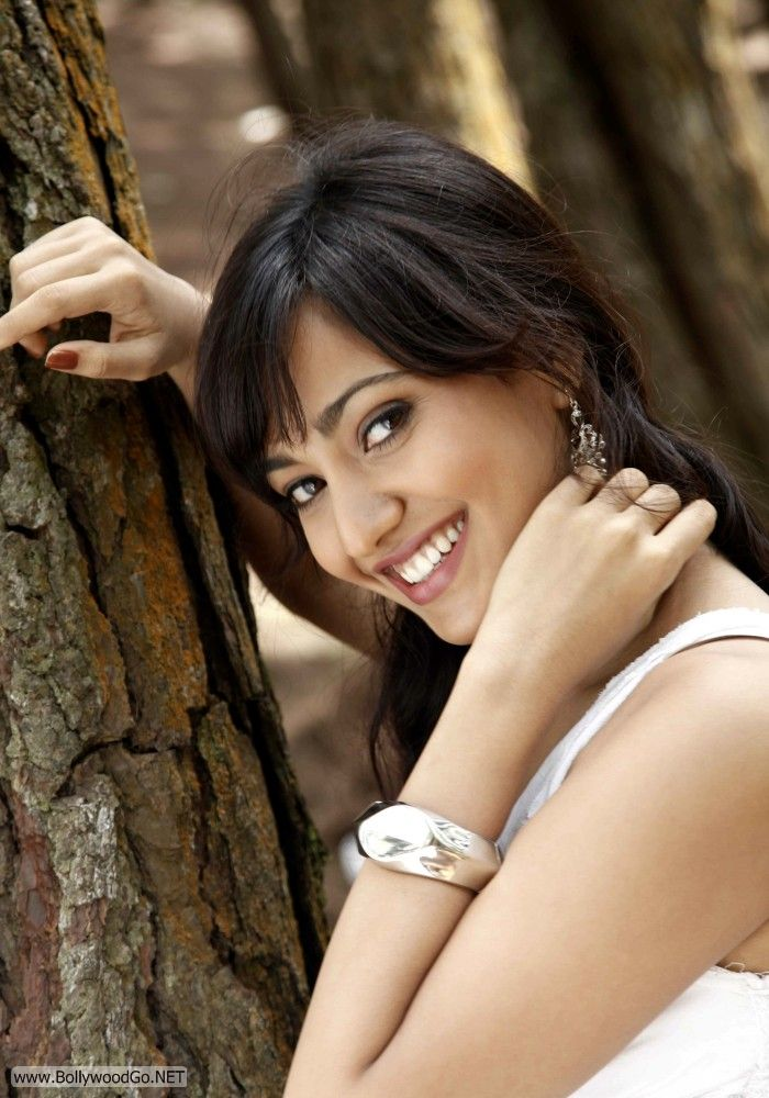 Neha+Sharma+pictures+%25282%2529